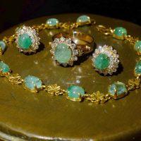 antique emerald jewelry